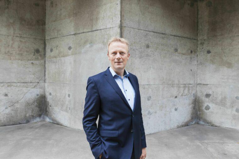 Ron Voskuilen