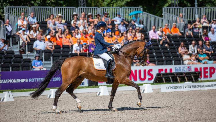 MK EK309 Rixt van der Horst Findsley NED 1 3